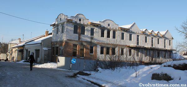 Вигляд будинку Драгоманова, 11б 30.01.2012 р.