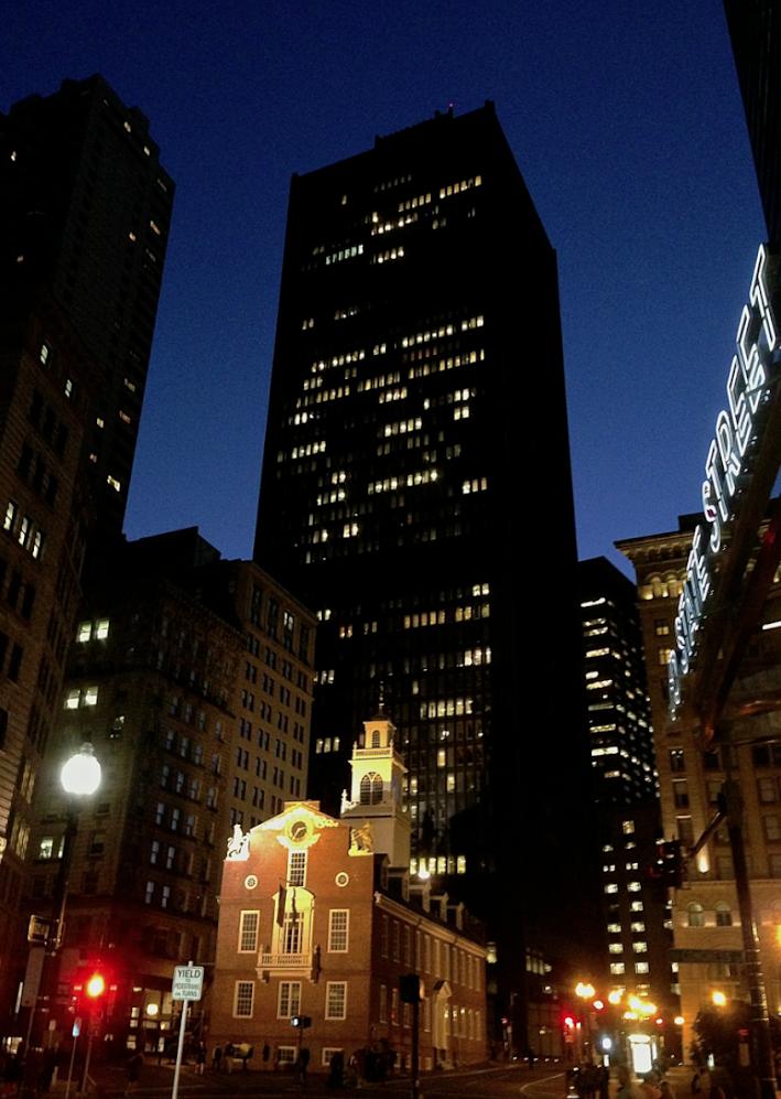 Ночной и эклектичный Бостон