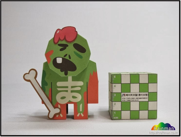 Zombie Cookie Papercraft
