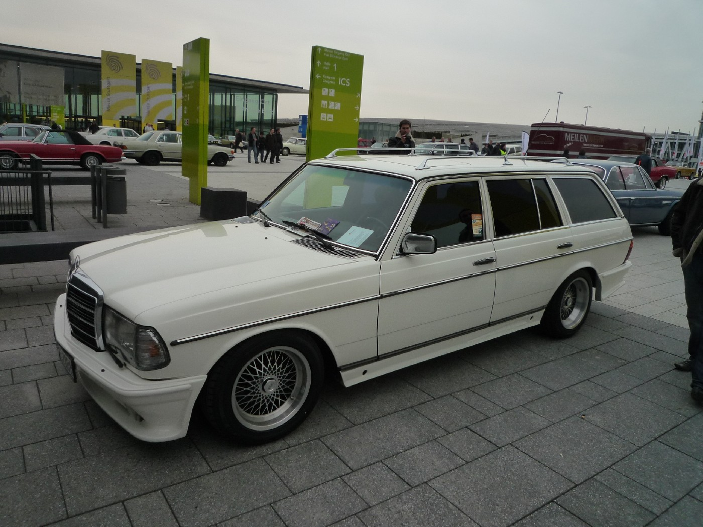 mercedes benz w123 wagon tuning benztuning. Black Bedroom Furniture Sets. Home Design Ideas