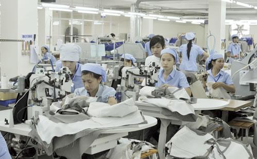 Đơn hàng may mặc cần 6 nữ làm việc tại Akita Nhật Bản tháng 07/2017