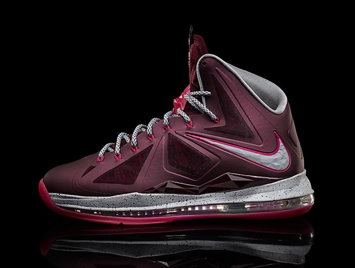 af7205f70327e ... Another Look at Nike LeBron X Crown Jewel fit for His Majesty ...