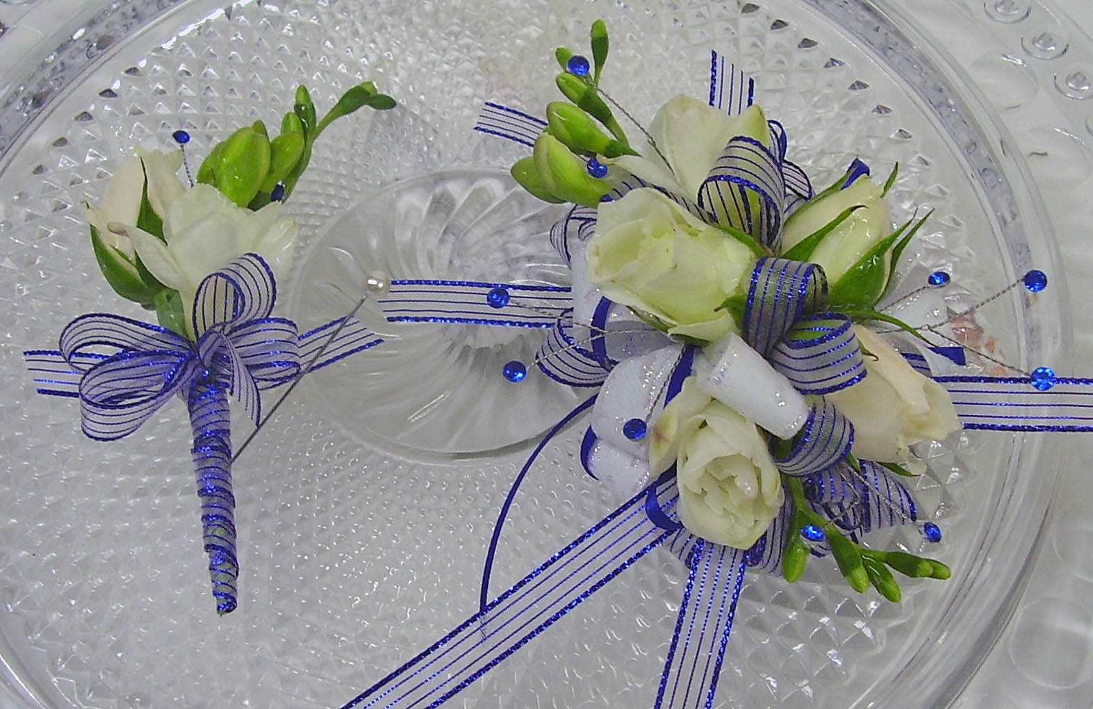 Prom flowers for white dress choice image flower decoration ideas prom flowers for white dress choice image flower decoration ideas prom flowers for white dress images mightylinksfo