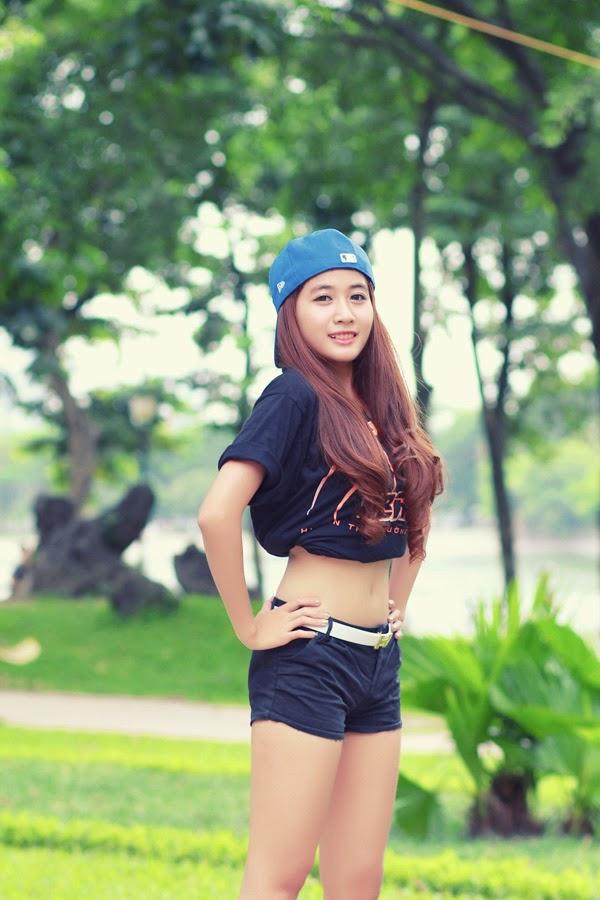 Thí sinh Miss Bóng Rổ khoe sắc tại công viên 2