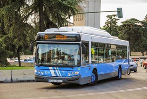 Líneas universitarias E, F, G y U de autobuses EMT paran en verano 2016
