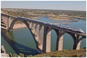 El AVE a Cádiz y Granada entrará en servicio en 2015