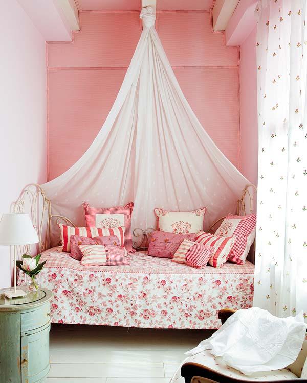 Muebles y decoraci n de interiores dormitorio camas con for Decoracion de interiores a distancia