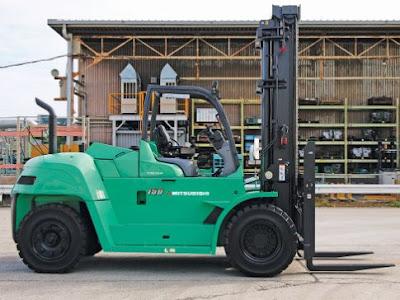 Xe nâng diesel 10-15 tấn