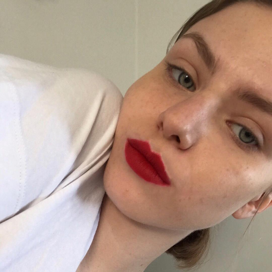 màu son MAC Russian Red