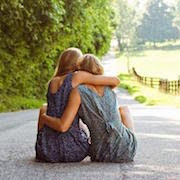 К чему снится лучшая подруга?