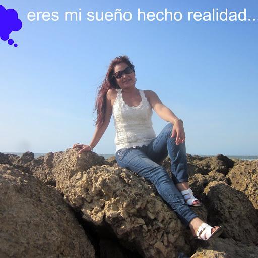 Yady Gomez Photo 4