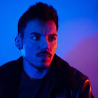 Davron Mananov's avatar