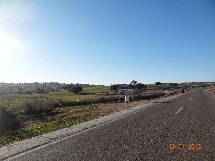 Marrocos e Mauritãnia a Queimar Pneu e Gasolina - Página 3 DSC05593