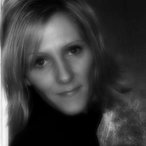 Erin Ayres 49 AR
