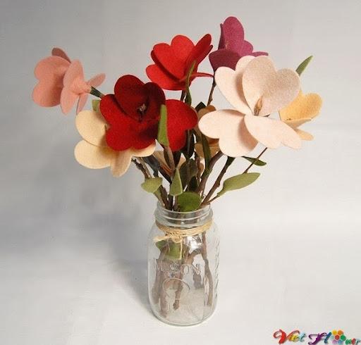 Bó hoa vải đẹp cho ngày lễ valentine (bước hoàn thành)