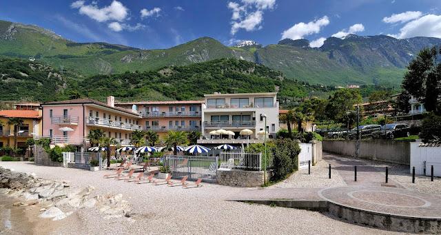 Hotel Castello Lake Front