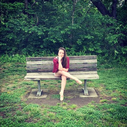 Julia Snyder Photo 19