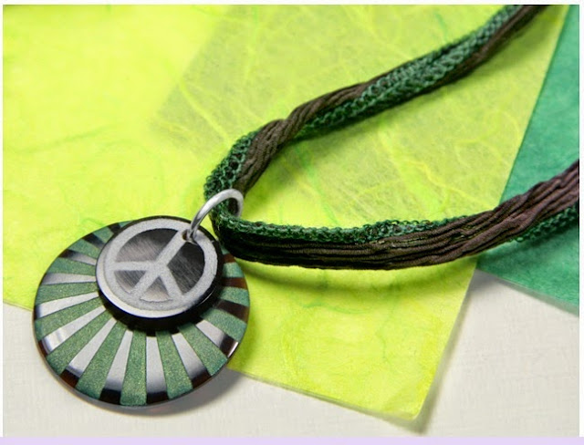 Ray of Peace Necklace Tutorial by Artbeads.com