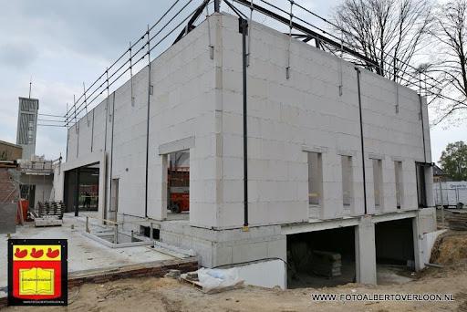 gemeenschapshuis  heeft zijn hoogste punt bereikt overloon 03-05-2013 (6).JPG