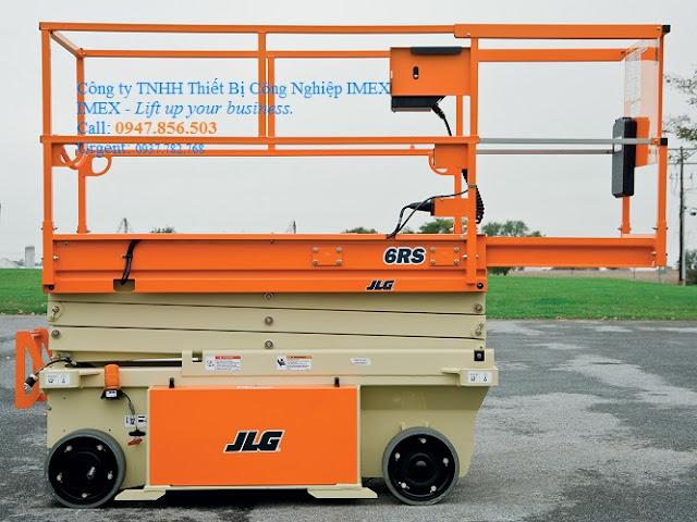 Xe nâng người tự hành JLG 6RS