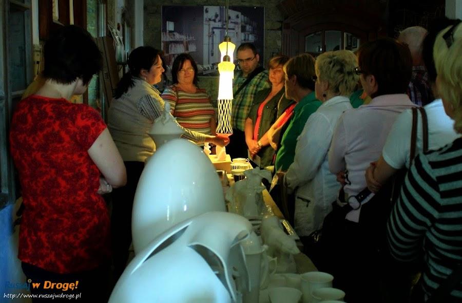 AS Ćmielów - porcelana przepuszcza światło