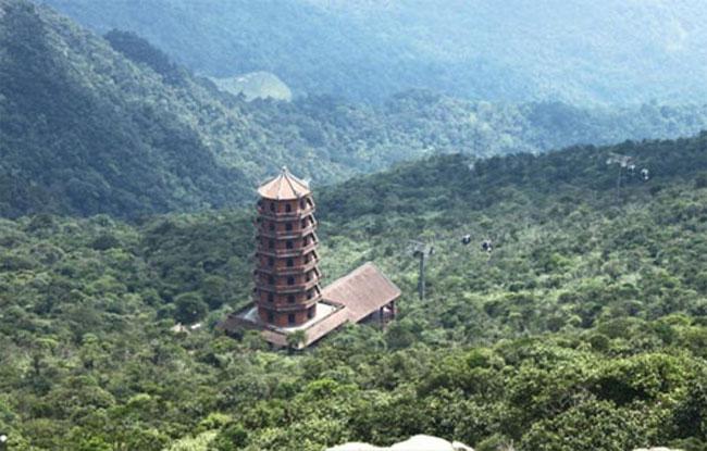 Núi Yên Tử ở Quảng Ninh