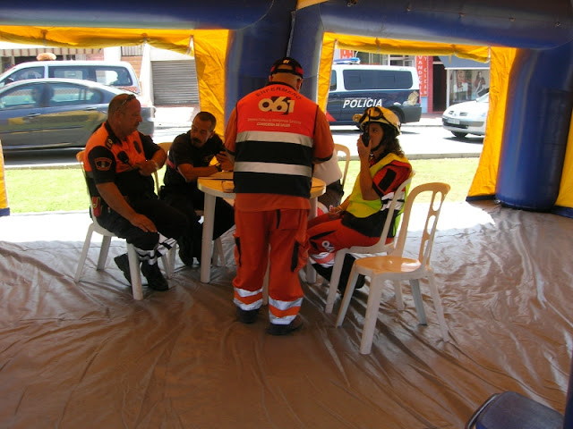 Responsables de los distintos cuerpos participantes dentro del PMA adoptando las medidas mas efectivas para la correcta solucion de la emergencia.
