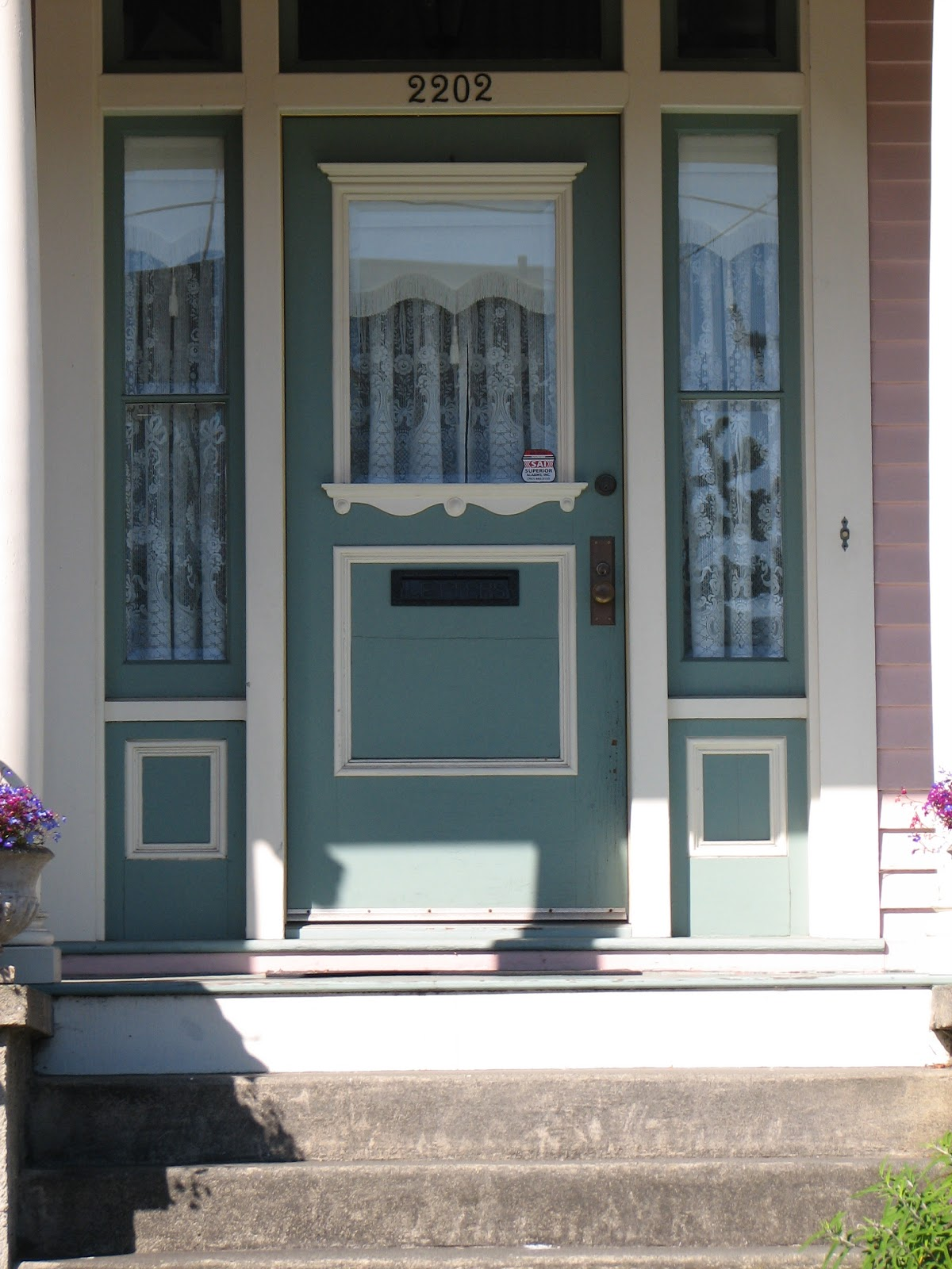 Eureka victorian restoration looking for a victorian for Looking for front doors