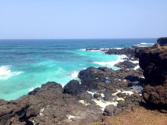 Bãi biển Đảo Bé - Lý Sơn