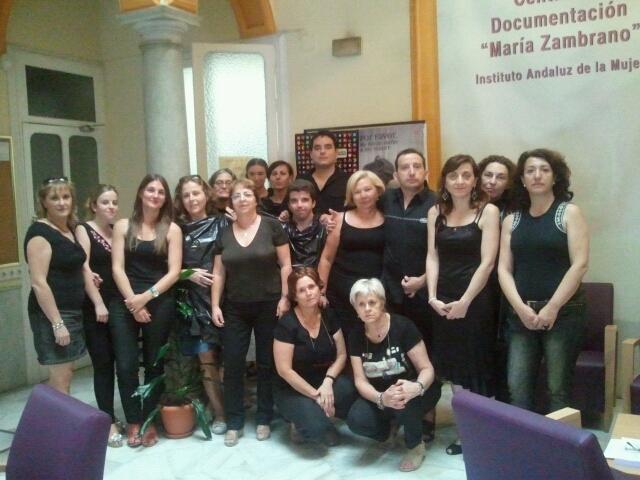 Viernes de negro galer a de fotos andaluc a 6 de for Oficinas sae sevilla