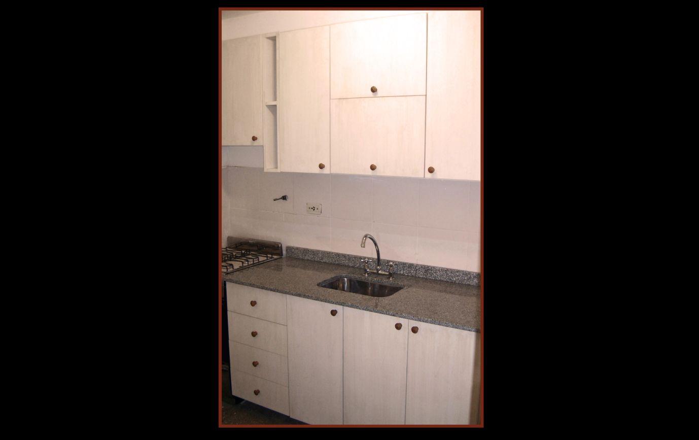 Mueble De Cocina Nogal Habano : Mueble de cocina patinado la carpinteria daniel