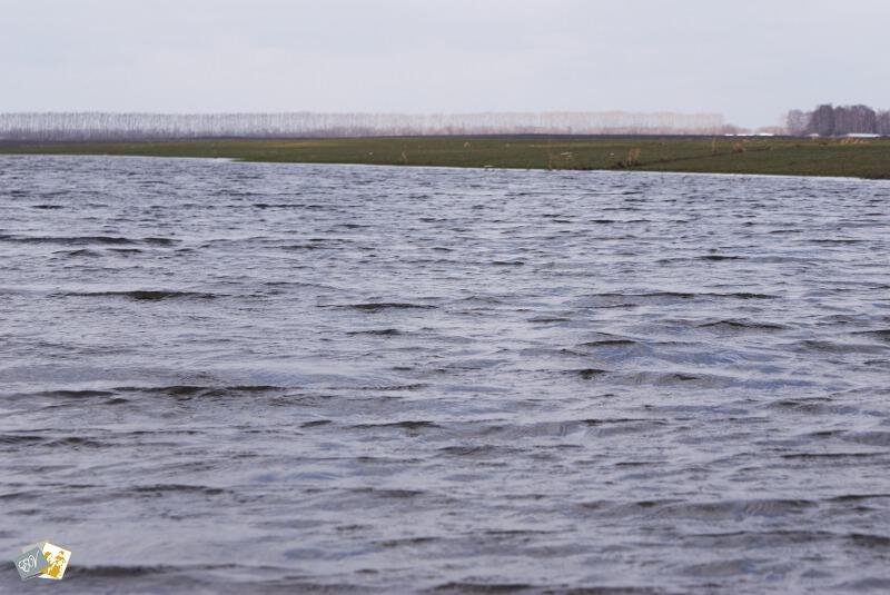 фотография озера, фото воды, озеро, вода, весна