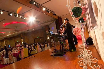 tips for successful wedding live band