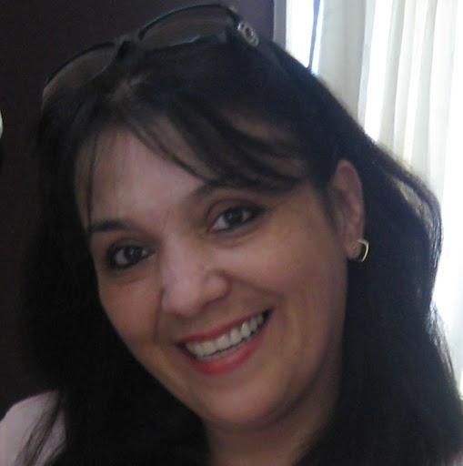 Gabriela Deza