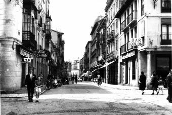León, años 50.- Calle Ancha