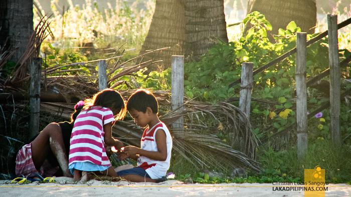 Kids Playing at Bolinao, Pangasinan