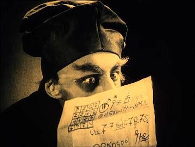 el actor Max Schreck en un fotograma de Nosferatu