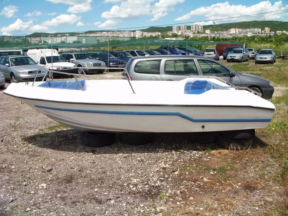 Лодки Second-hand Нов Внос DVCI9050