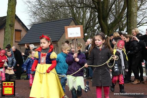 carnavalsfeest op school 08-02-2013 (26).JPG
