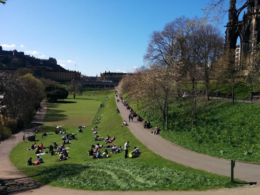 Edimburgo, la torre di Sauron sulla destra
