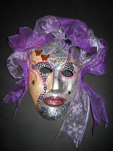 marijke-klaster-maskers-maken-001.large.jpg