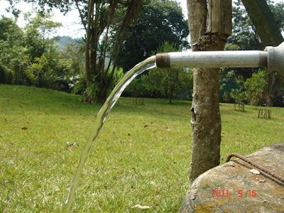 Chichoy, Submersible Solar Water Pump, Water flow with partial sun light.