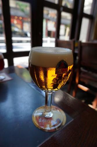 Belgian Brasserie Cought Antwerp Six(アントワープ シックス)@銀座 昼からビールで乾杯。