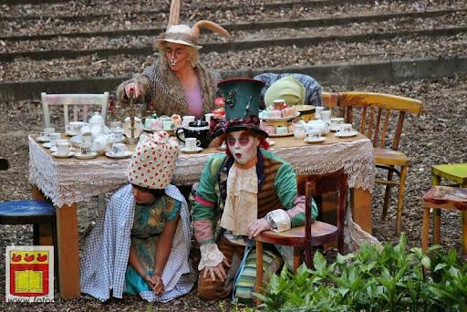 Alice in Wonderland, door Het Overloons Toneel 02-06-2012 (49).JPG
