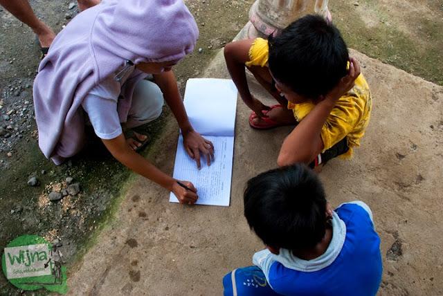 Sampai Juga di Grojogan Sewu, Kulon Progo, Yogyakarta oleh Dani Iswahyuni