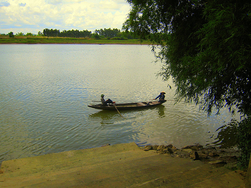 ảnh dòng sông bên lũy tre làng