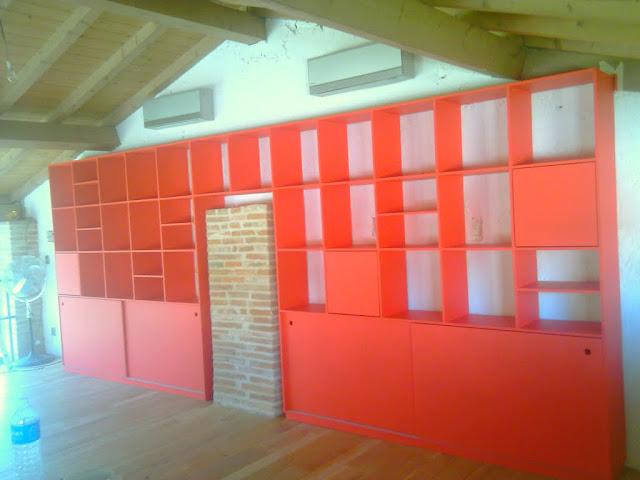 Bibliotheque rouge IMAG0572