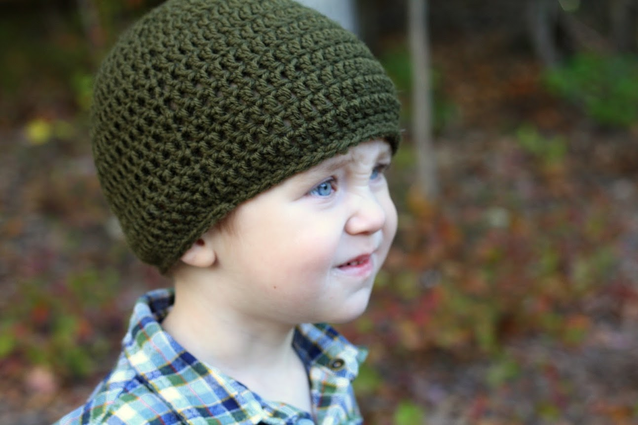 Double crochet skull cap and upcycled jeans for boys || KCW at Made with Moxie