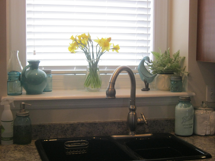 Decorating Kitchen Window Sill Kitchen Window Sill Ideas