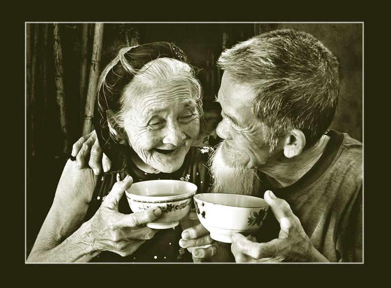 Ảnh tình yêu người lớn tuổi